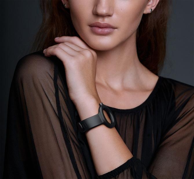Жіночий годинник-браслет WOTCH