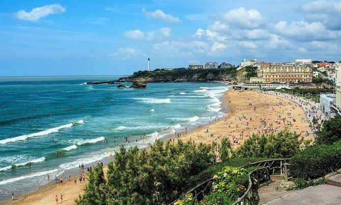 пляж в франції
