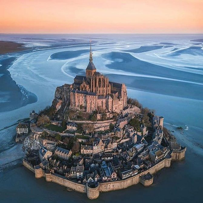 Замок Мон-Сен-Мішель