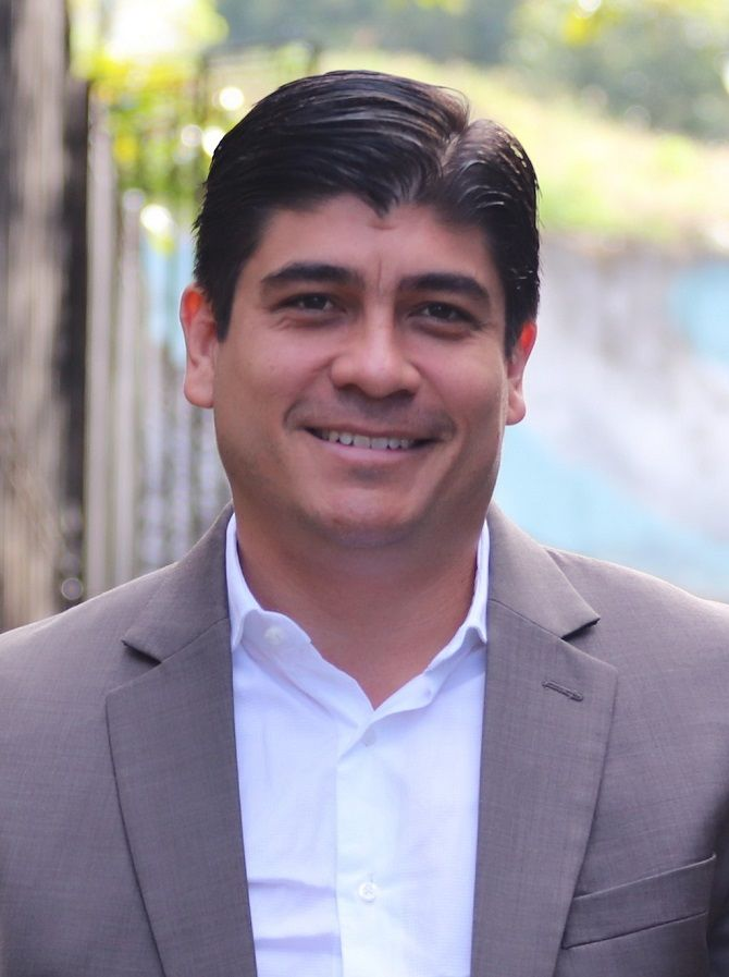 Карлос Альварадо Кесада, Коста-Ріка