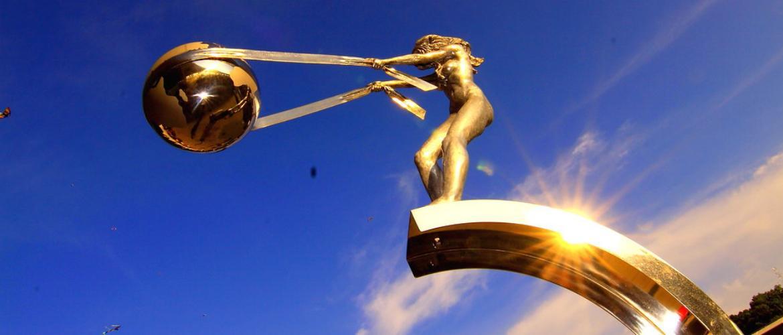 ТОП-10 незвичайних скульптур, що вражають своїм істинним задумом