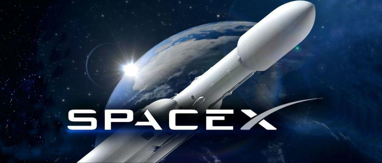 SpaceX запустила в космос ракету з прахом 152 осіб