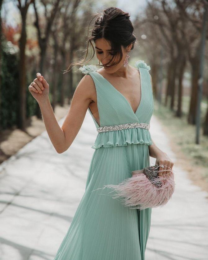 сумка с розовыми перьями