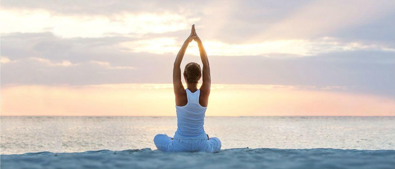 Йога для начинающих: 5 лучших поз для расслабления и отдыха