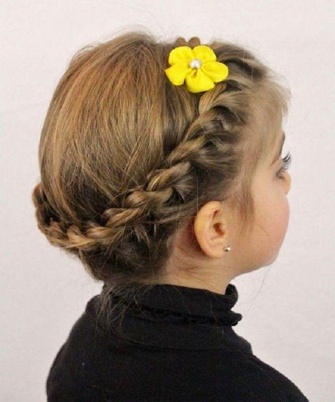 Прості і красиві зачіски дівчинці на 1 вересня 43