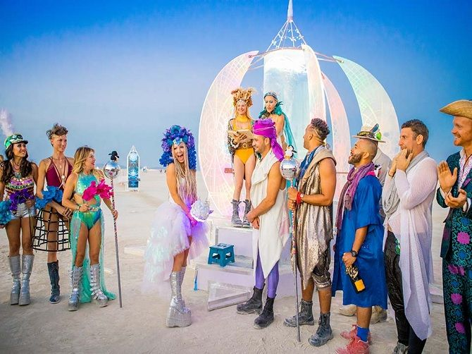 Буря посреди пустыни: фестиваль Burning Man 2019 13