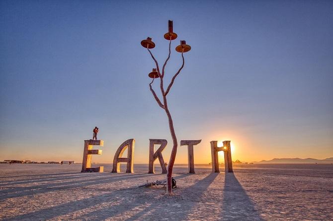 Буря посреди пустыни: фестиваль Burning Man 2019 14