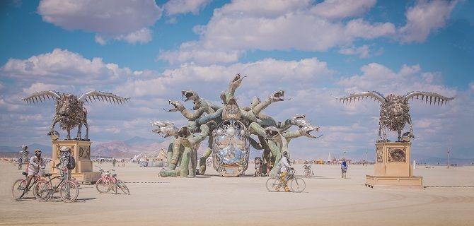 Буря посреди пустыни: фестиваль Burning Man 2019 18