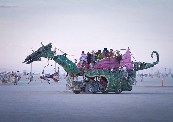 Буря посеред пустелі: фестиваль Burning Man 2019 25