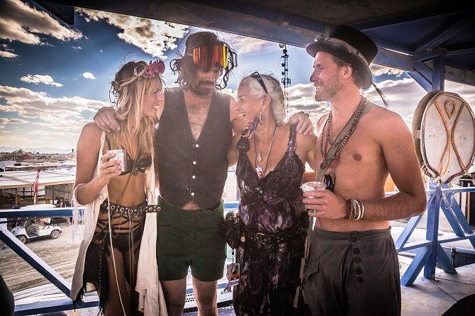 Буря посреди пустыни: фестиваль Burning Man 2019 30