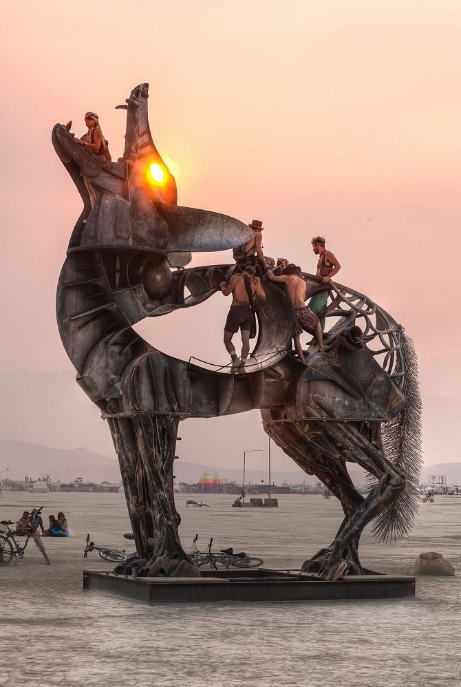 Буря посреди пустыни: фестиваль Burning Man 2019 7