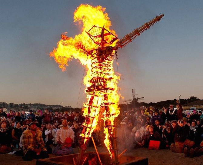 Буря посреди пустыни: фестиваль Burning Man 2019 37