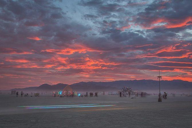 Буря посреди пустыни: фестиваль Burning Man 2019 39