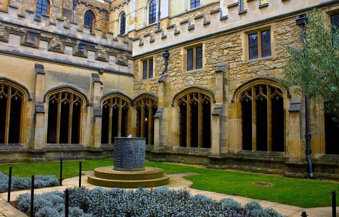 Гаррі Поттер - Christ Church College, Oxford, Англія