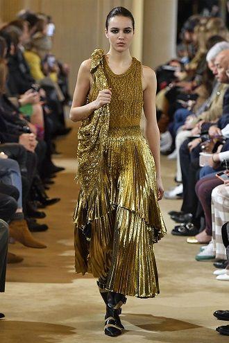 Тренды осенней моды 2021: платья, которые должны быть в вашем гардеробе уже сейчас 23