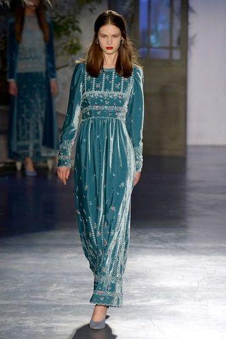Тренды осенней моды 2021: платья, которые должны быть в вашем гардеробе уже сейчас 10