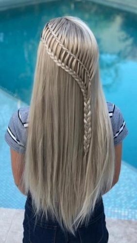 Simple and fashionable school hairstyles for teenage girls 8