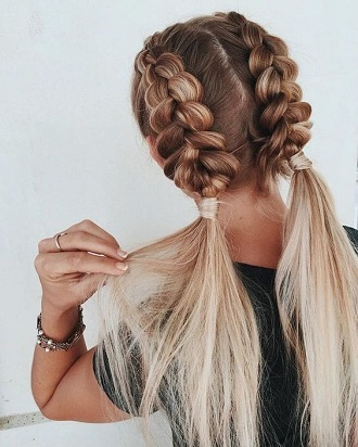 Simple and fashionable school hairstyles for teenage girls 2