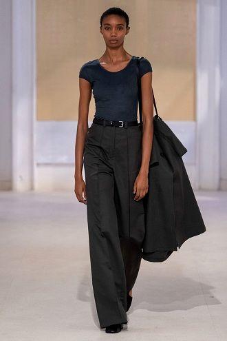 Тиждень моди в Парижі: кращі образи весни та літа 2020 року 17