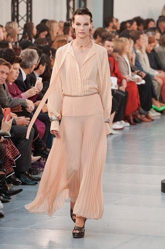 Тиждень моди в Парижі: кращі образи весни та літа 2020 року 19