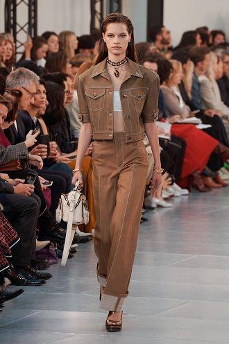 Неделя моды в Париже: лучшие образы весны и лета 2020 года 22