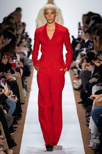 Палаццо, бананы и галифе: самые стильные брюки осень-зима 2020-2021 6