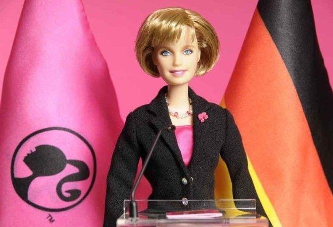 кукла Барби,  Ангела Меркель.