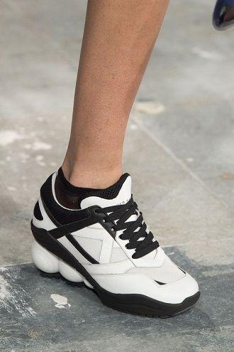 модные женские кроссовки 2019-2020