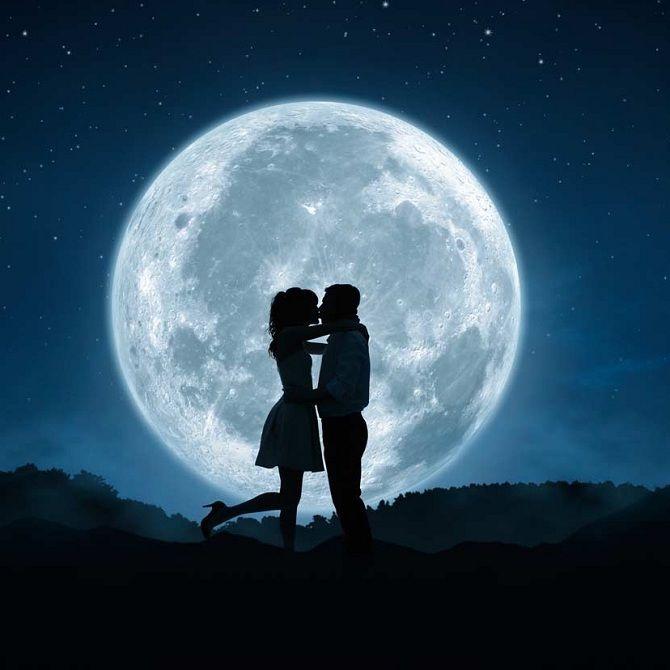 Полнолуние в октябре 2019 года, поцелуи под луной
