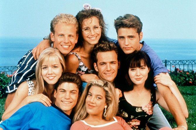 серіал Беверлі Гіллз 90210