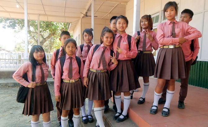 школярі в Індії