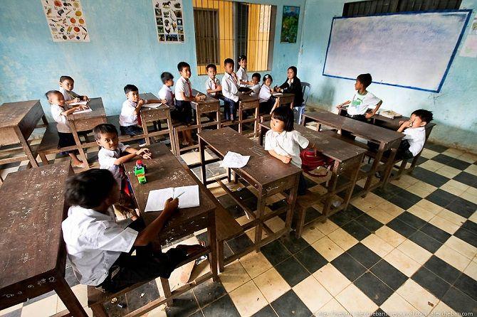 Камбоджийские школьники