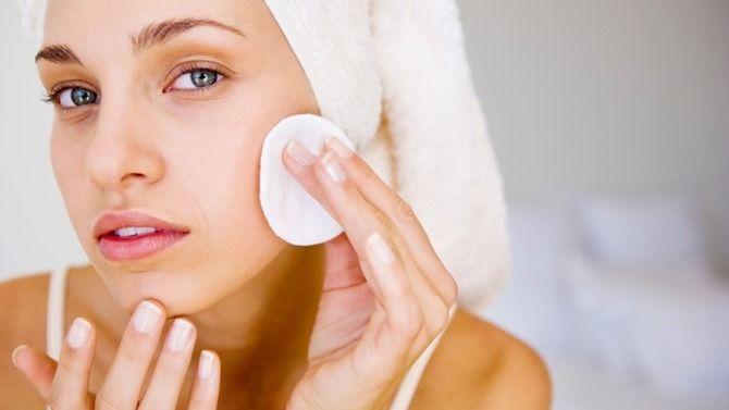 Очищаємо шкіру обличчя