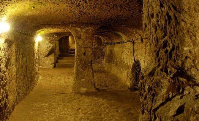 Тунелі Кам'яного віку