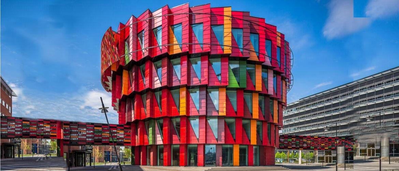 7 самых необычных современных домов и жилых комплексов мира