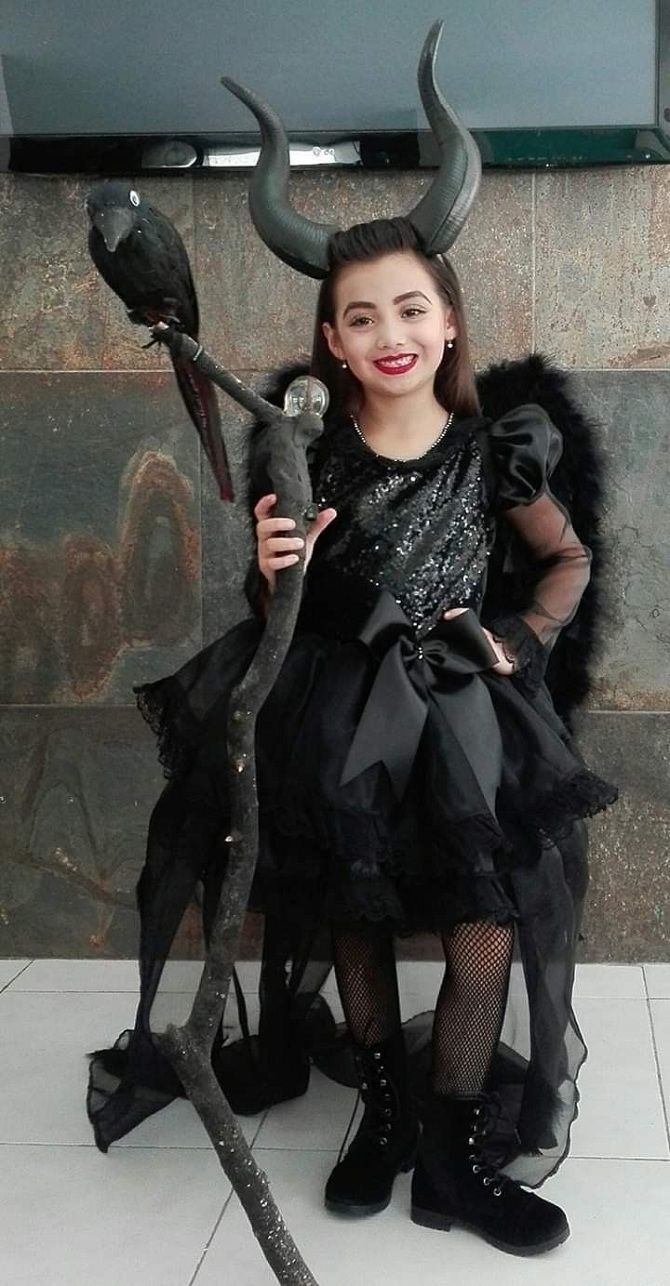 оригінальні дитячі костюми на Геловін 2019