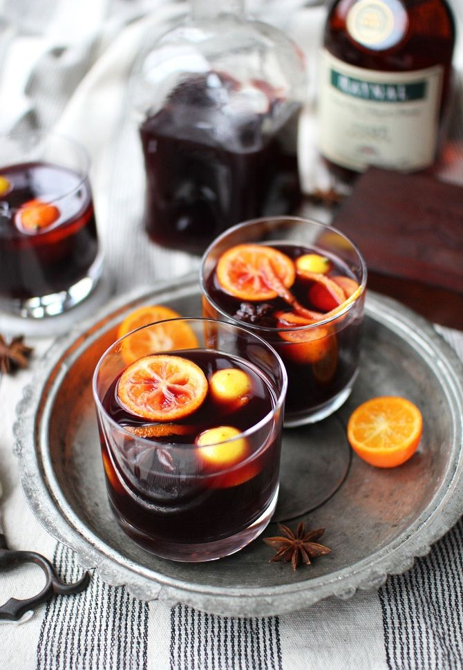 how to cook mulled wine with honey and lemon