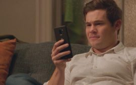 Романтическая комедия «Окей, Лекси!»: когда смартфон становится частью твоей жизни
