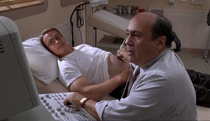 Кадр из фильма «Джуниор» (1994)
