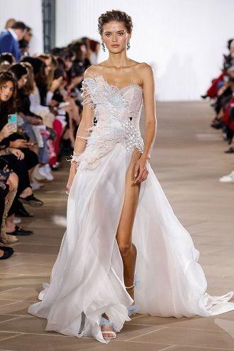 весільні сукні з розрізом
