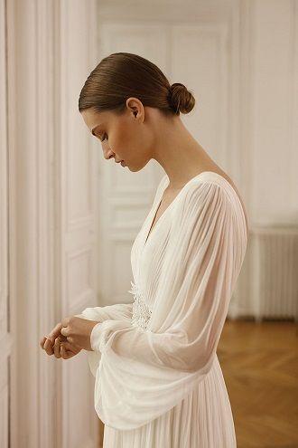 свадебный наряд с рукавами