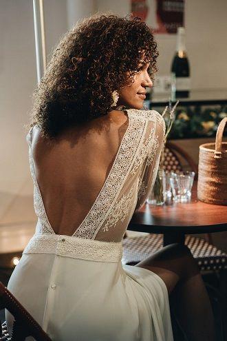 весільний наряд з голою спиною