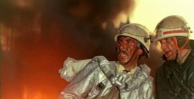 фільм Тривожна неділя, 1983