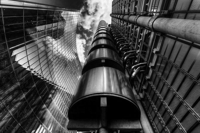 Лифт в «доме наизнанку