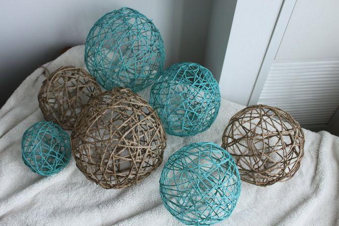 Новогодние украшения шары  из ниток