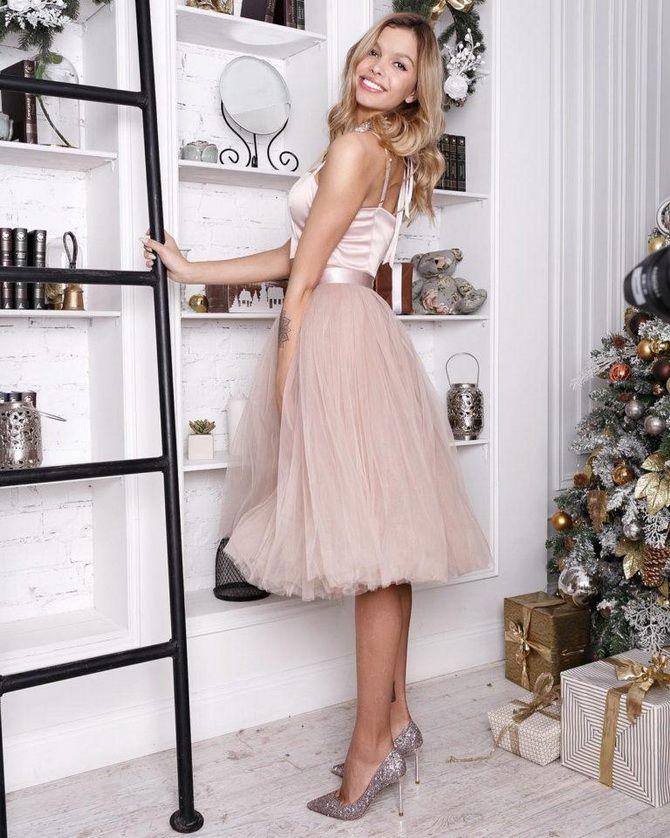 самые актуальные цвета на Новый год платье