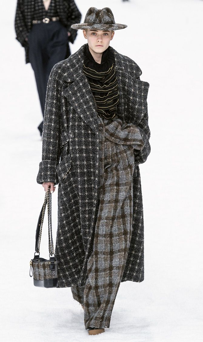 Пальто в клетку: стильные образы 2019-2020