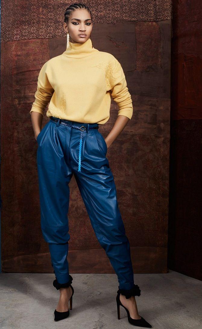 Как носить свитер с брюками