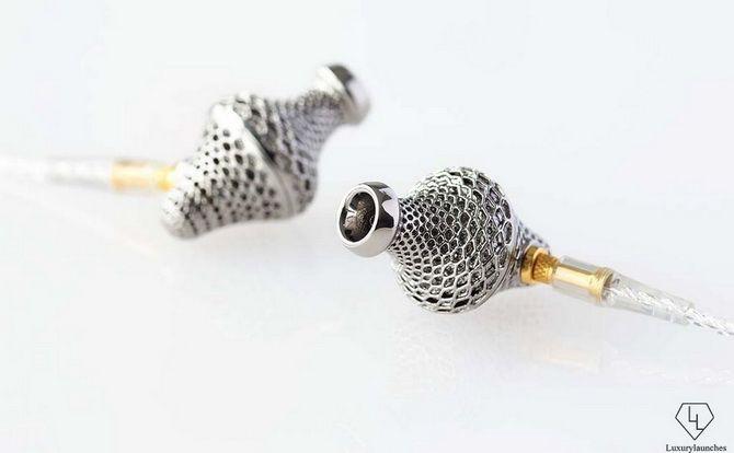 3D-друковані титанові навушники LAB 2