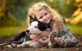 Самые нежные и ласковые: объятия животных и детей